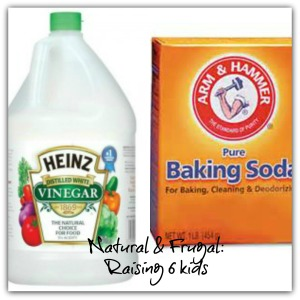 Vinegar, Baking soda DIY cleaning